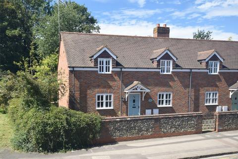 3 bedroom semi-detached house for sale - South Street, Wendover, Buckinghamshire