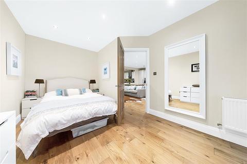 2 bedroom flat for sale - Josephine Avenue, SW2