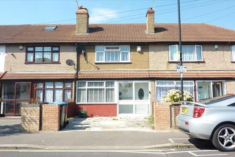 2 bedroom house for sale - Middleham Road, London