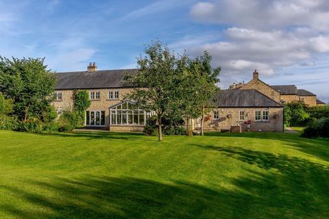 5 bedroom semi-detached house for sale - Beech Villa, 6 Montagu Way