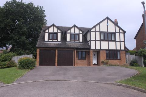 5 bedroom detached house for sale - Beech Road, Hollywood