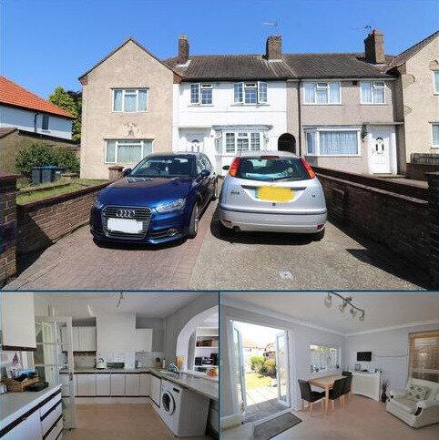 3 bedroom terraced house for sale - Parkway, New Addington, Croydon, CR0 0JA