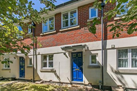 3 bedroom terraced house for sale - Cornes Close, Fulflood, Winchester, SO22