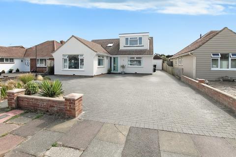 5 bedroom detached house for sale - Feversham Close, Shoreham-by-Sea, West Sussex, BN43 5HD