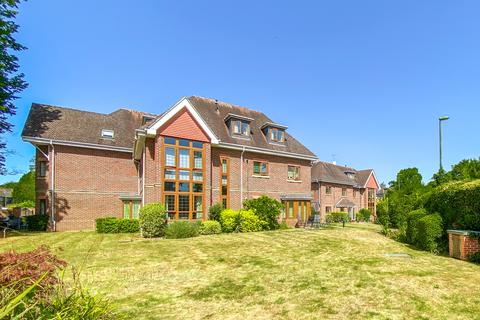 2 bedroom apartment to rent - Cable House Court, Horsell Rise