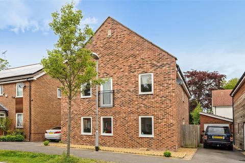 4 bedroom detached house to rent - Vulcan Drive, Bracknell, Berkshire, RG12