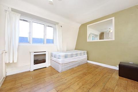 2 bedroom apartment to rent - Werrington Street, Euston NW1