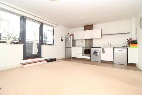 1 bedroom penthouse to rent - King House, Firefly Avenue, Swindon, Wiltshire, SN2
