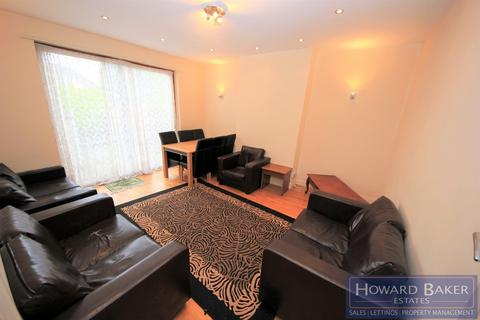 5 bedroom semi-detached house to rent - Station Road, Hendon
