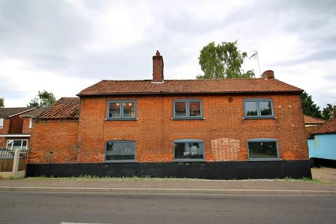3 bedroom detached house for sale - Market Street, Shipdham