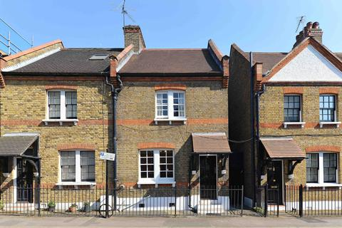 2 bedroom semi-detached house to rent - Ufford Street, London SE1
