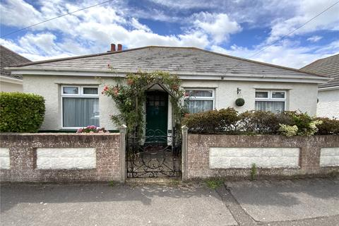 2 bedroom detached bungalow for sale - Stroud Park Avenue, Christchurch, Dorset, BH23