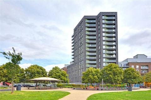 1 bedroom flat for sale - Bowspirit Apartments, Creekside, London, SE8