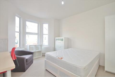 1 bedroom house share to rent - Hurst Street, Oxford, OX4 1HG