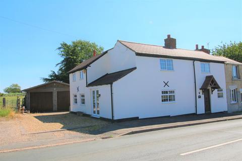 4 bedroom cottage for sale - Bulkington Road, Shilton