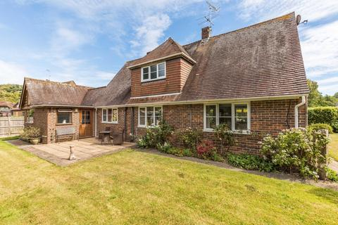 3 bedroom detached house for sale - Charlton, Chichester, West Sussex