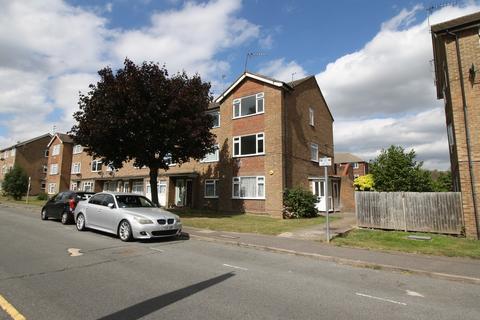 2 bedroom maisonette to rent - Victoria Road, Ruislip