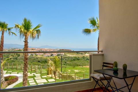 2 bedroom apartment - Castillo de la Duquesa, Malaga, Spain