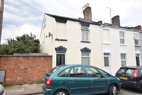 2 bedroom end of terrace house for sale - Russell Street, Cheltenham, Gloucestershire, GL51