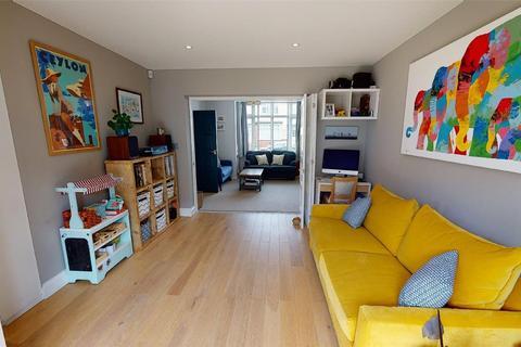 3 bedroom terraced house for sale - 18 Woodmansterne Road, London, SW16