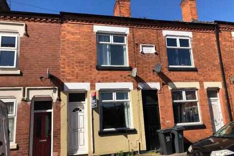 2 bedroom terraced house to rent - Mantle Road, Off Tudor Road, Leicester, LE3 5HG