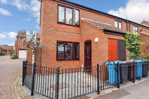 2 bedroom apartment for sale - Wellington Street West, Marina, Hull, HU1 2DG