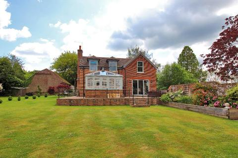 4 bedroom detached house to rent - Goudhurst Road, Cranbrook, TN17 2LG