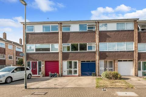 4 bedroom terraced house for sale - Tandridge Drive, Orpington, Kent, BR6 8BY