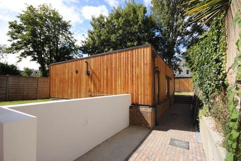 2 bedroom bungalow to rent - Springfield Road, Brighton, East Sussex