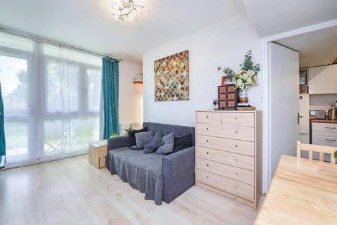 Studio for sale - Abbeyfield Estate, London SE16