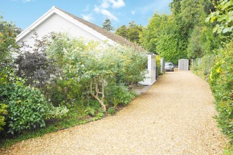 3 bedroom bungalow for sale - Sarum Avenue, West Moors