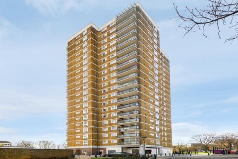 2 bedroom flat for sale - Waverton House, Bow E3