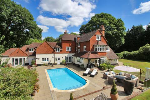 6 bedroom detached house for sale - The Chase, Kingswood, Tadworth, Surrey, KT20