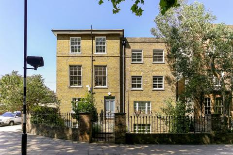 2 bedroom flat for sale - Victoria Park Road, London, E9