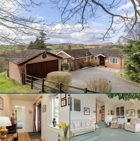 4 bedroom detached bungalow for sale - Tilstone Bank, Tilstone Fearnall, Tarporley, Cheshire, CW6