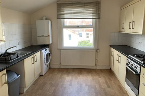 3 bedroom maisonette to rent - Devonshire Road, Westbury Park, Bristol