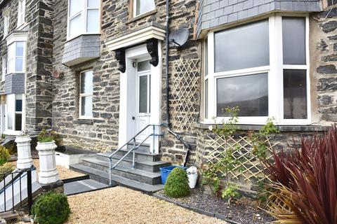 2 bedroom apartment for sale - Flat 1, 7 Porkington Terrace, Barmouth, LL42 1LX