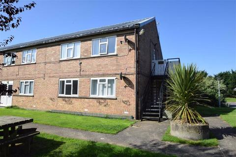 2 bedroom flat for sale - Freshfields, Carnaby, East Yorkshire, YO15