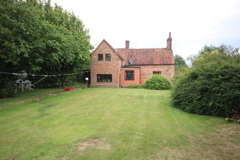 4 bedroom detached house for sale - Woodlands St Mary, Hungerford, RG17