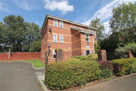 1 bedroom apartment for sale - Montonfields Road, Monton
