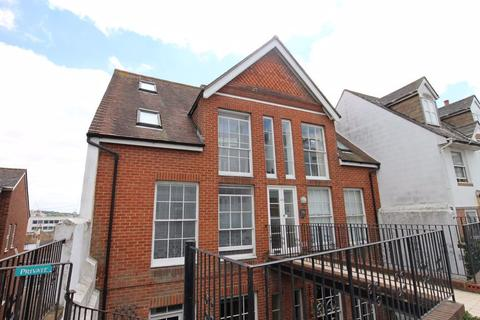 Studio to rent - St. Nicholas Road, Brighton