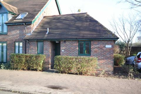 1 bedroom semi-detached bungalow for sale - Morley Court, Baldock Way, Cambridge