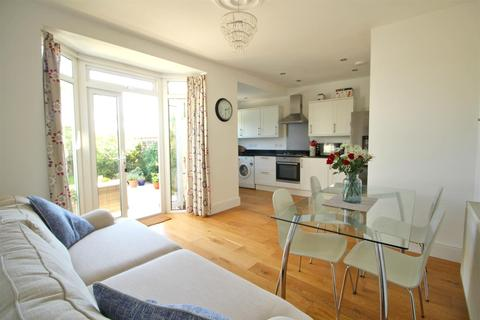 3 bedroom semi-detached house for sale - Orchard Crescent, Enfield