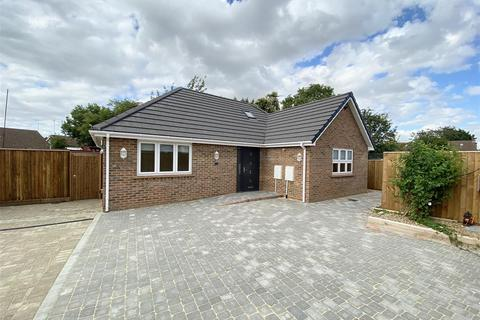 3 bedroom detached bungalow to rent - Onslow Road, Leagrave