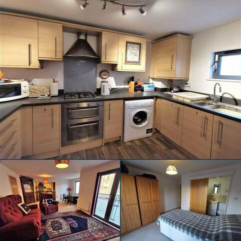 2 bedroom apartment for sale - St Margarets Court, Marina, Swansea