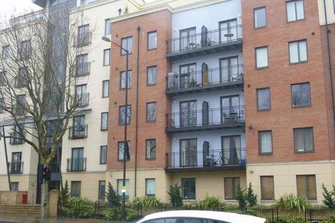 1 bedroom flat to rent - Squires Court, Bedminster