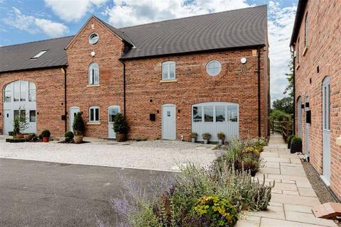 3 bedroom barn conversion for sale - Church Farm Mews, Nantwich, Cheshire