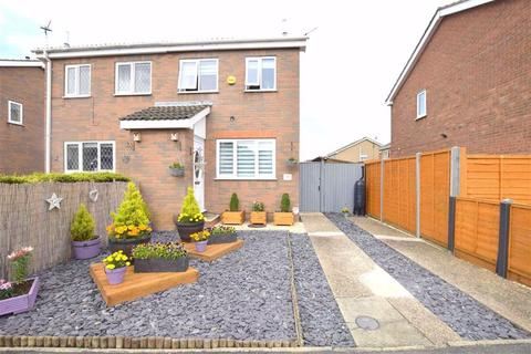 2 bedroom semi-detached house for sale - Alvingham Avenue, Cleethorpes, North East Lincolnshire