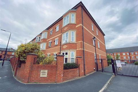 2 bedroom flat for sale - Russell Place, Sale