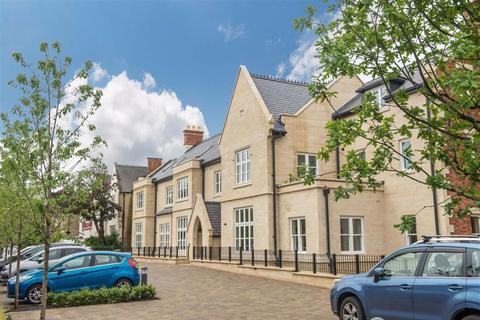 2 bedroom retirement property for sale - 6 Henley Hall, Kenilworth Place, Leamington Spa, CV32